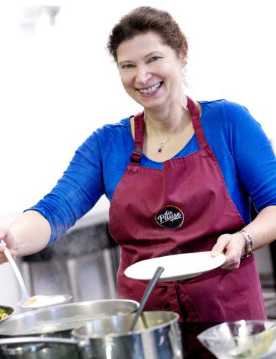 Sabine Dobesberger, Kochstudioleiterin die Pause, Kochkursleiterin